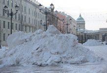 «Это не наши кучи»: что происходит со снегом в Петербурге