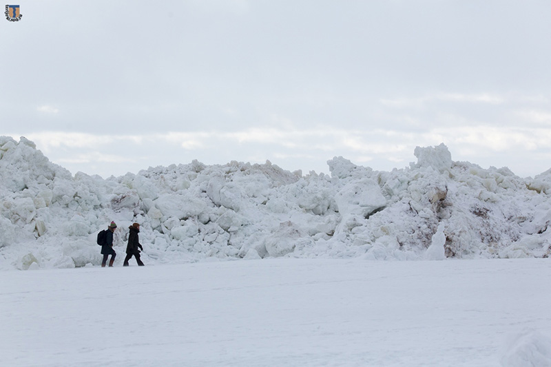 Стена льда финский залив