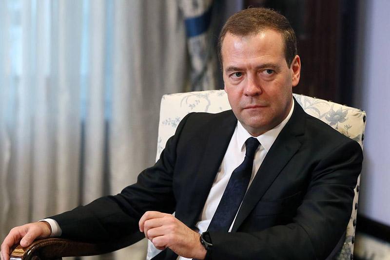 Медведев1